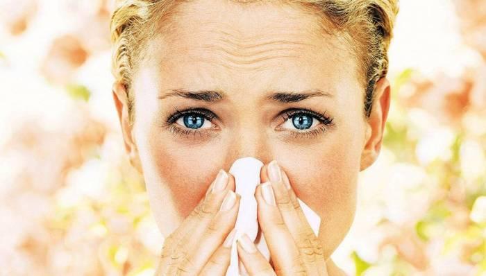 Аллергия на лице красные пятна чем лечить