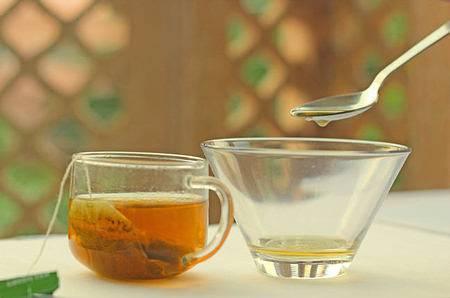 с чаем