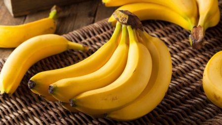 маска с бананом и крахмалом для лица
